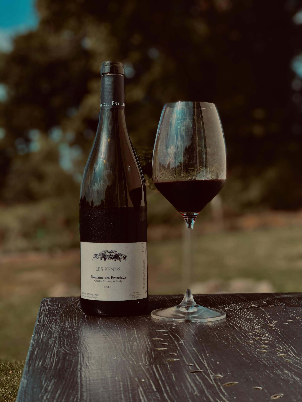 les pends rouge 2018, crozes-hermitage, rhône, domaine des entrefaux, françois tardy,  france, vin nature, rawwine, organic wine, vin bio, vin sans intrants, bistro brute, vin rouge, vin blanc, rouge, blanc, nature, vin propre, vigneron, vigneron indépendant, domaine bio, biodynamie, vigneron nature, cave vin naturel, cave vin, caviste, vin biodynamique, bistro brute