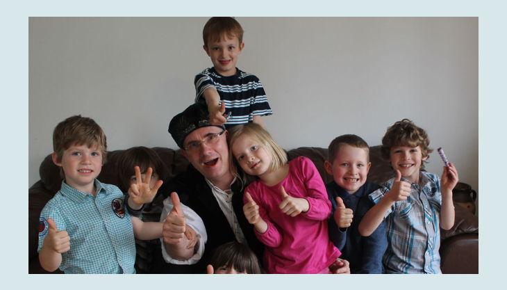 alleszauberei geburtstagsgruppe glücklich kinder