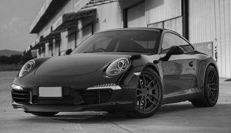 Porsche monochrome