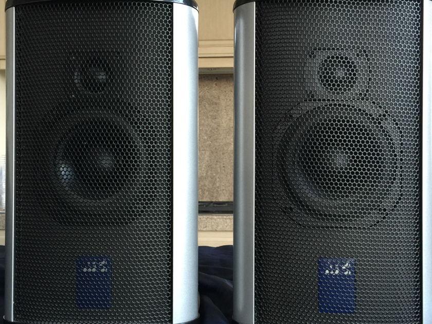 ATC  SCM10 a 2 Active monitors