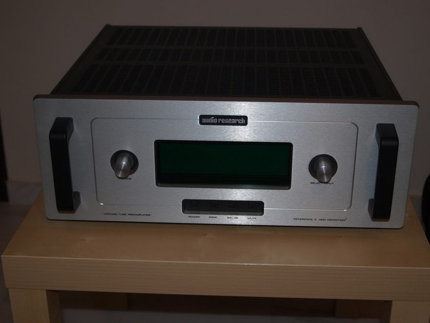 Audio Research REF 3 preamp used