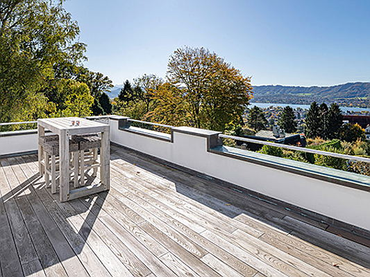 "Sintra - This property offers a high degree of privacy, thanks to its 1,700 square metre land plot. Set high above the city on the ""Sonnenberg"", it affords wonderful views over Lake Zurich. (Image source: Engel & Völkers Zürichberg)"