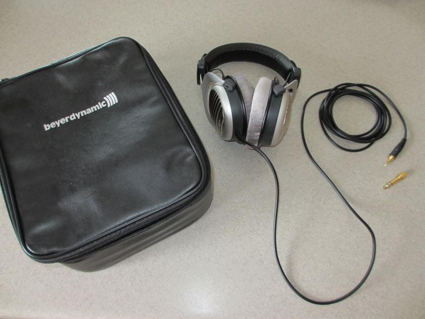 beyerdynamic DT 990 Premium Headphone 600 Ohm