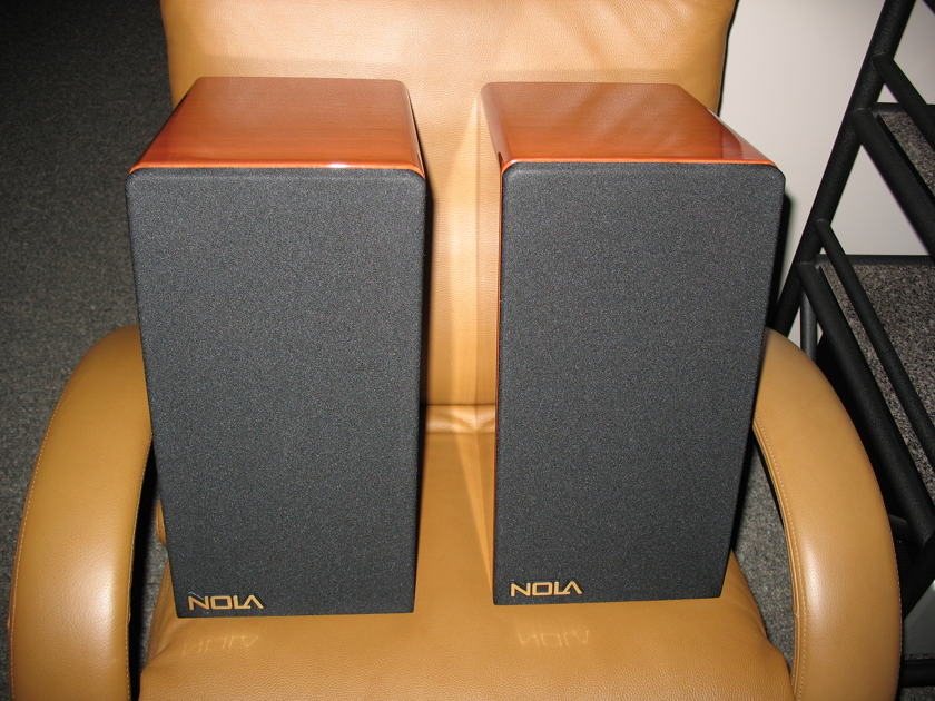 Nola  Boxer Monitor Speaker Mint