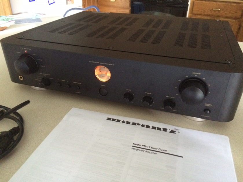 Marantz PM 17 Reference Series Integrated amp NICE