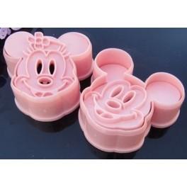 Cortadores-de-galletas-Mickey-con-expulsor-Metienestarta.jpg