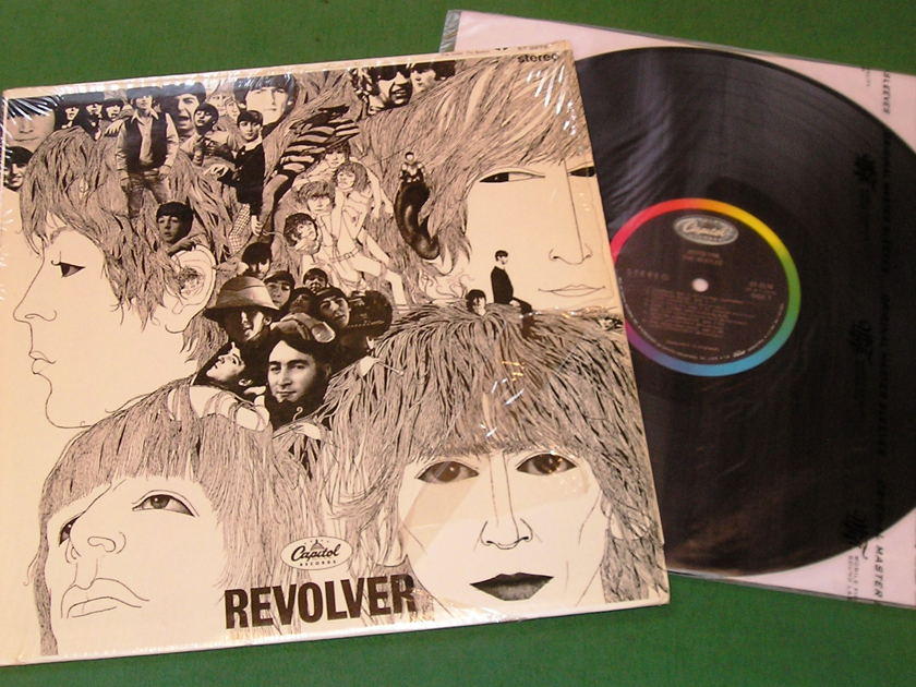 BEATLES - REVOLVER - * 1968 ISSUE CAP62x LABEL - WEST COAST PRESS * PRE-BARCODE - NM 9/10 - In Shrink