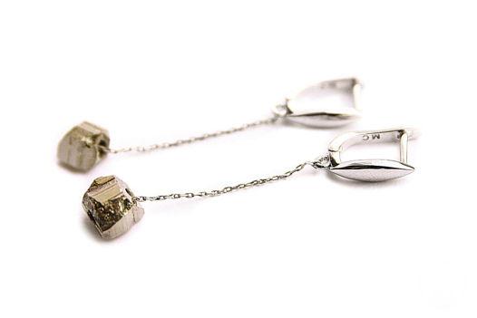 Серебряные серьги с пиритом