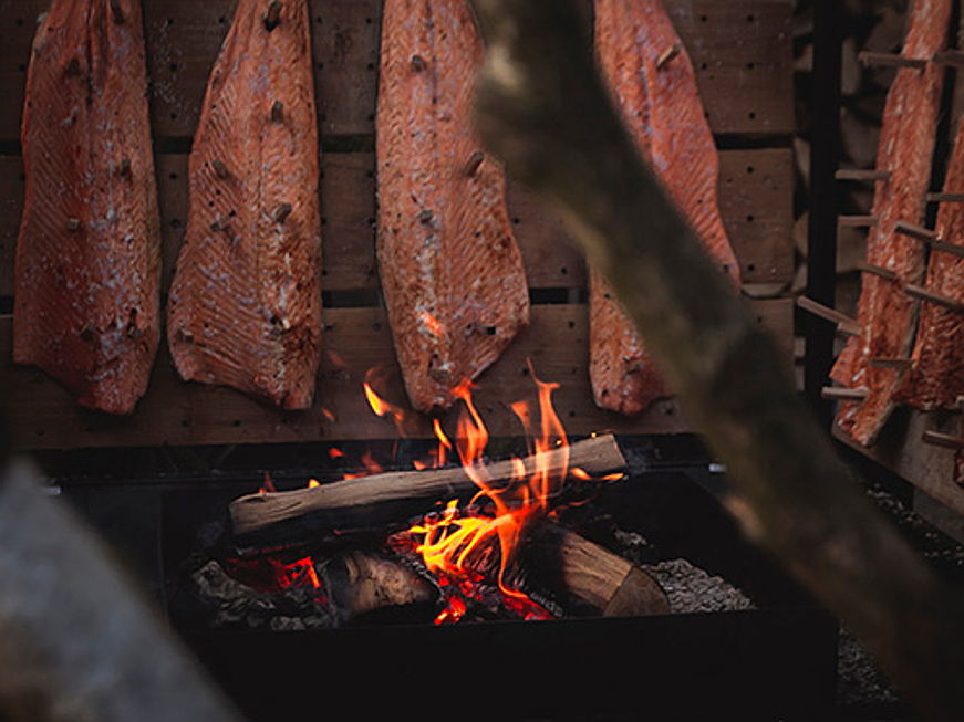 Sintra - Jump on the home smoking trend and DIY your own smoked meat, fish and cheese:
