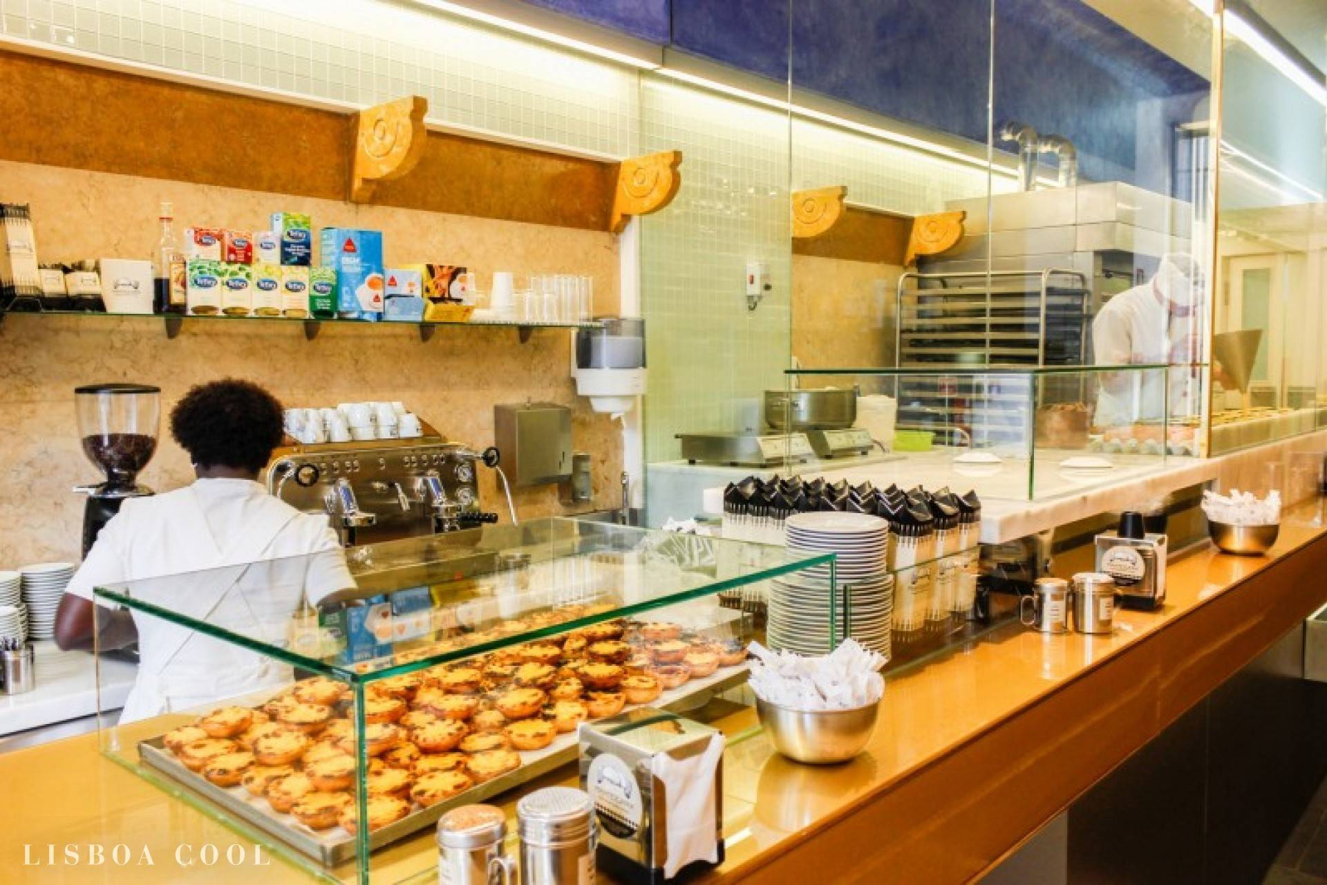 Our team picks Manteigaria Lisboa as one of the best cafés to try pastel de nata.