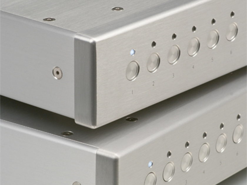 Viola Labs Solo Mono Preamplifier (Pair) Dealer Demo