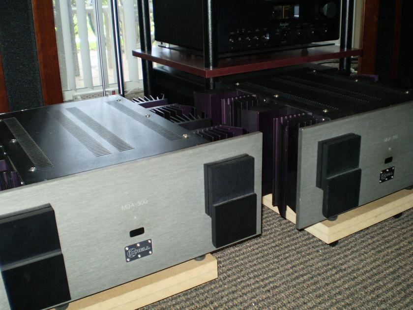 KRELL MDA 300    TWO Monoblocks
