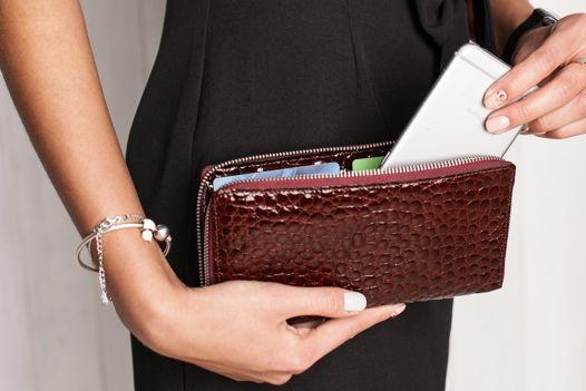 Женский портмоне из кожи крокодила