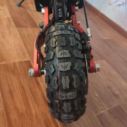 pneu-trottinette-electrique-tout-terrain