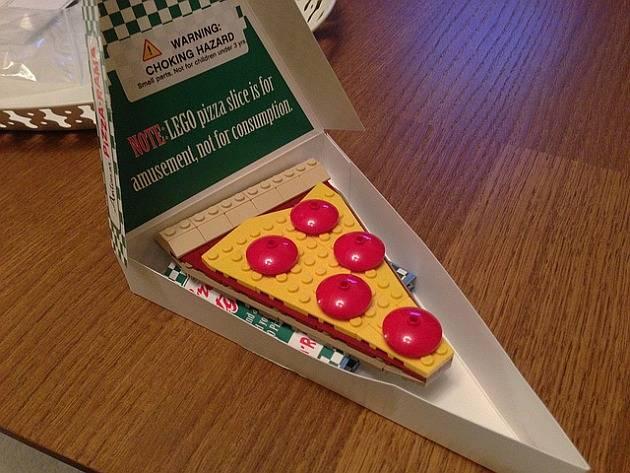 LEGO TMNT Antonio's Pizza-Rama