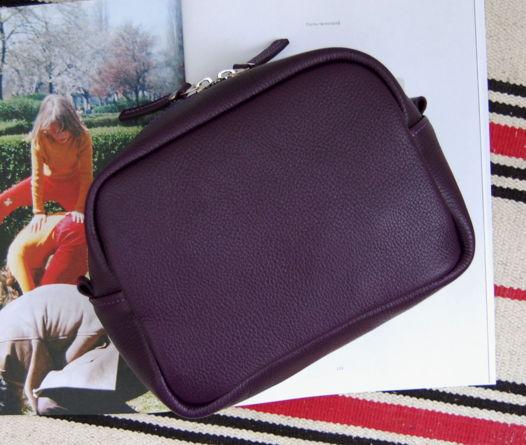 Фиолетовый кожаный несессер Voyage Violet