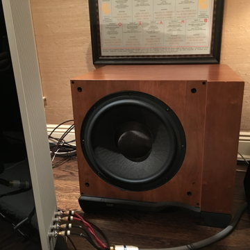 B&W (Bowers & Wilkins) ASW-4000