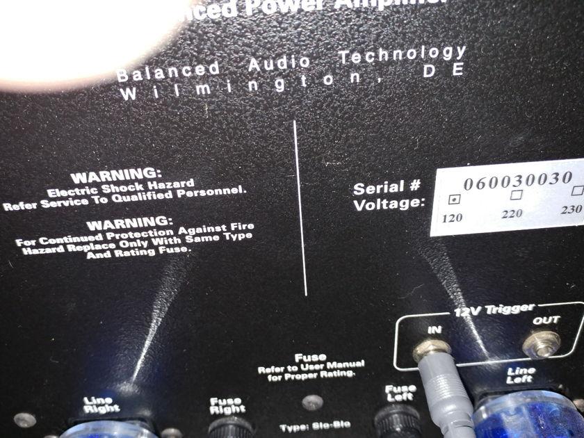 BAT VK-600 C/W BAT PAK 300W X 2 POWER AMP, DRIVE ANYTHING, STUPENDOUS!