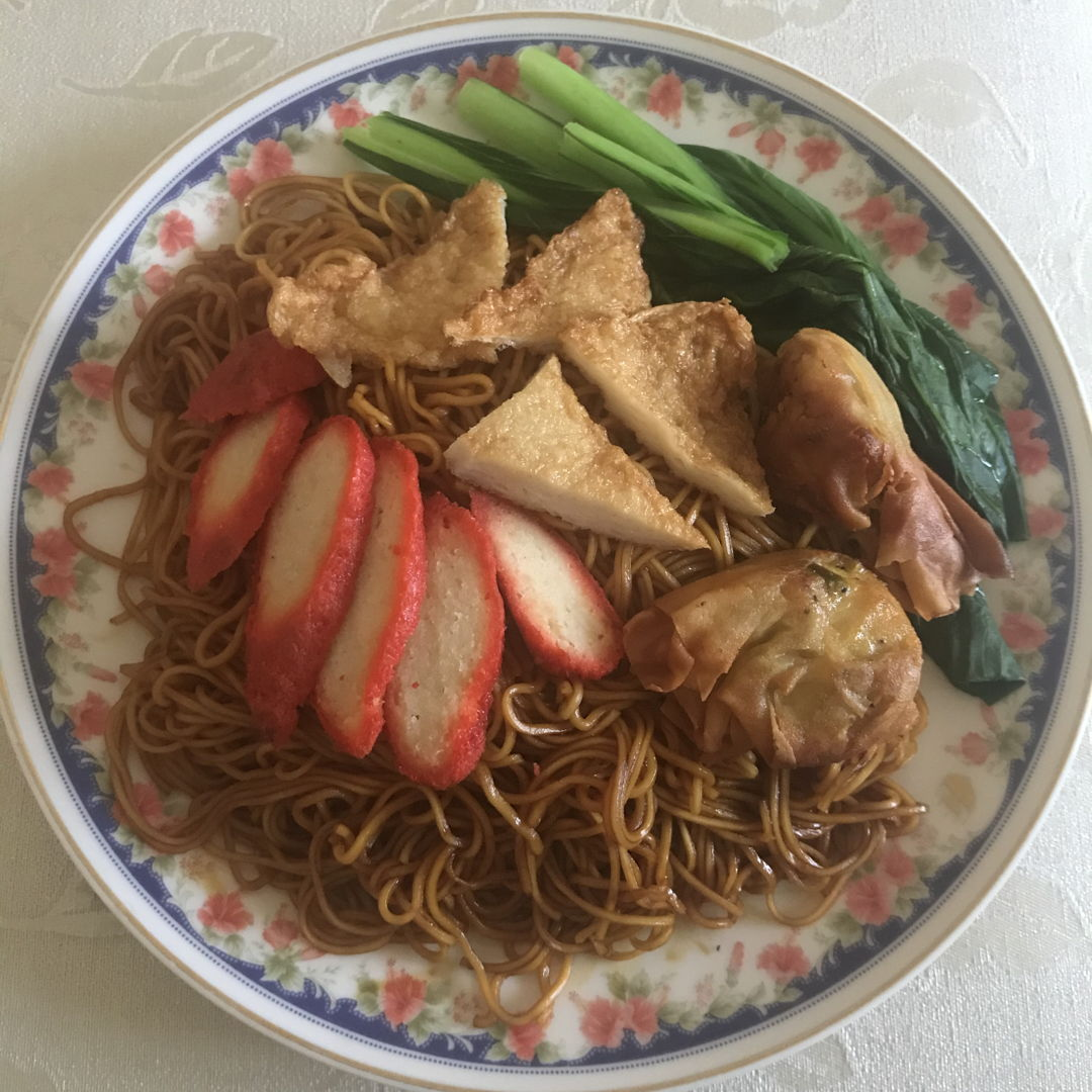 Cooked wonton noodles for lunch again! 😃🙏🏻👍🏻