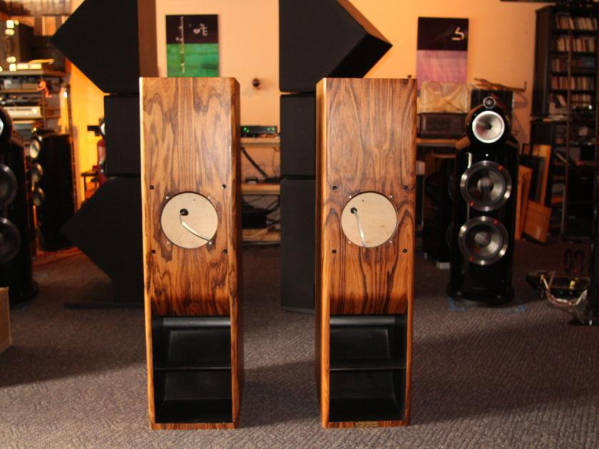 RL Acoustique Lamhorn 1.8 Loudspeaker Cabinets
