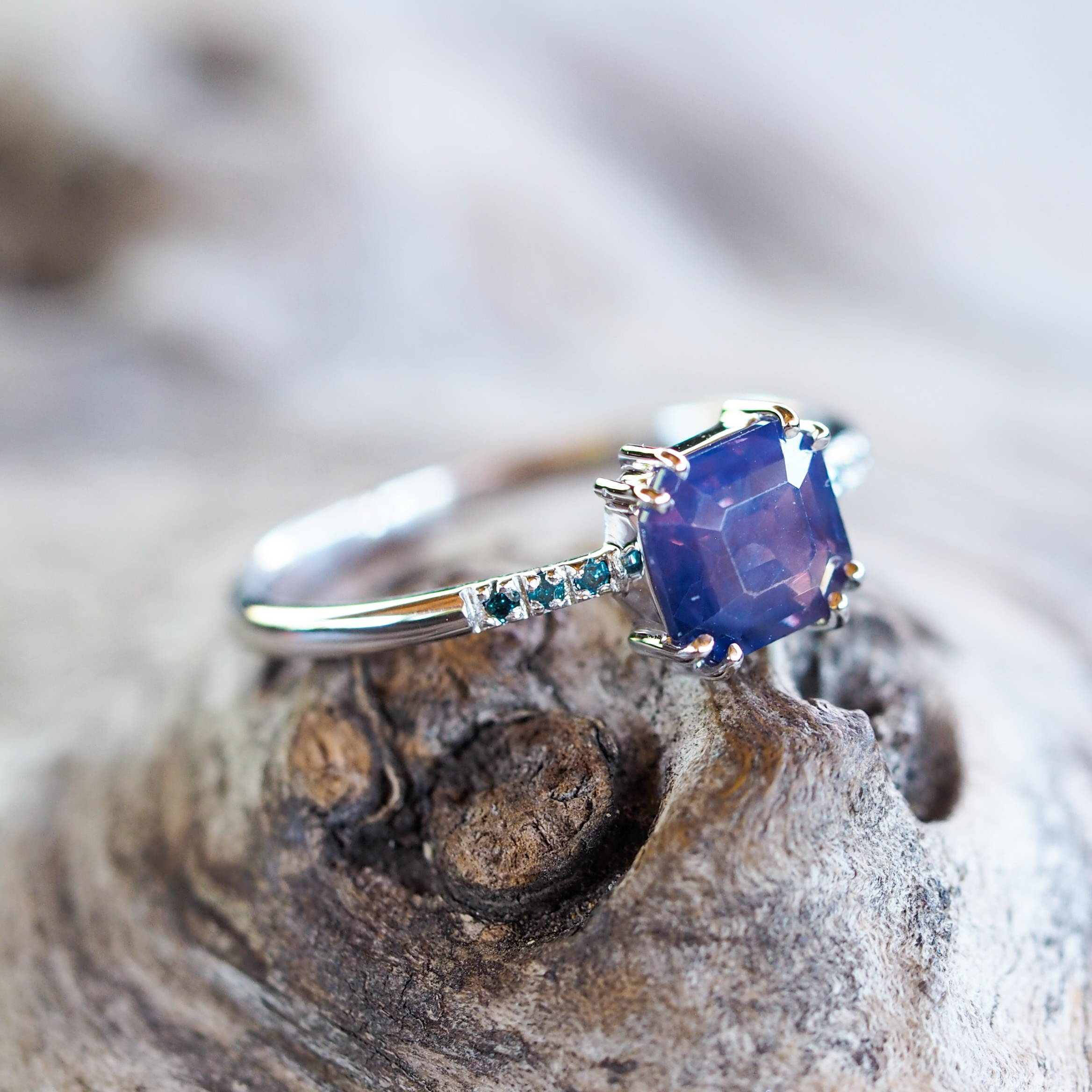 A Custom Bicolor Ceylon Sapphire Ring that can be customized with yellow gold, white gold, or rose gold.