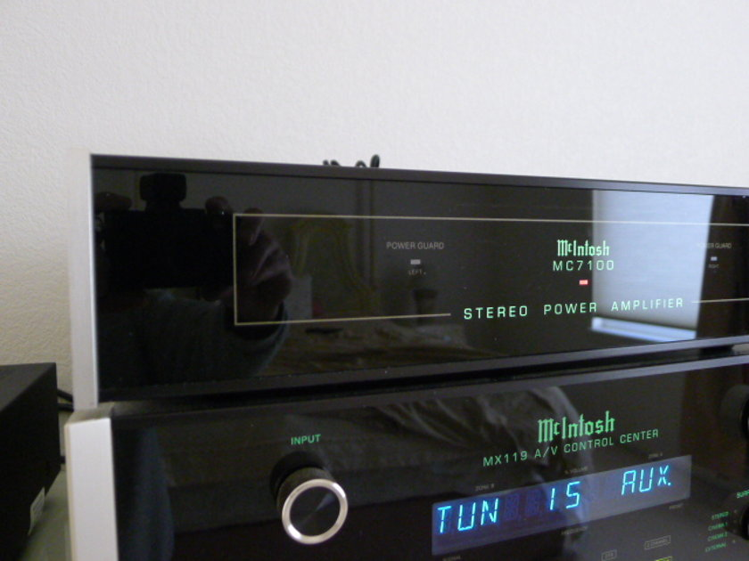 McIntosh  MC7100 2 channel amplifier Very Nice Condition!