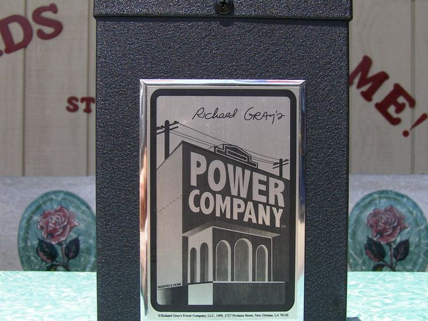Richard Gray Power Company 400 MkII Power Conditioner