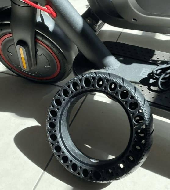 pneu-plein-xiaomi-m365-trottinette-confort