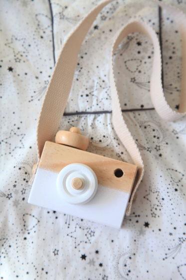 Детский деревянный фотоаппарат белый
