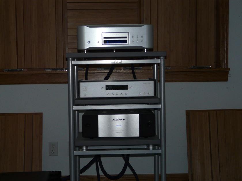 Yamaha CDS 2000 CD/SACD player