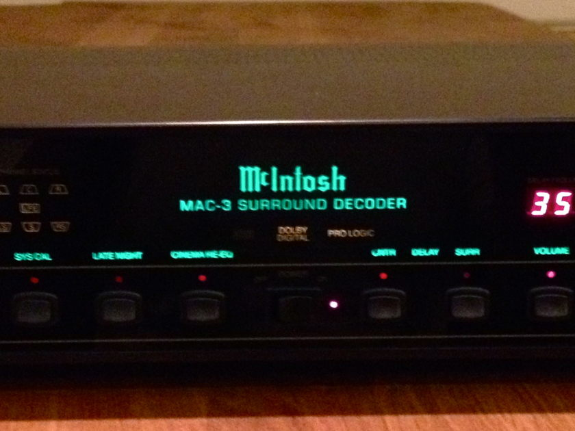 McIntosh MAC 3 Surround Processor Excellent condition, new glass in '07