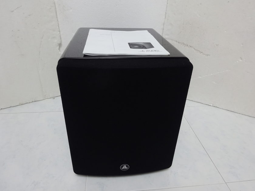 JL Audio F110 in mint condition  - Free shipping (220-240v @50hz)