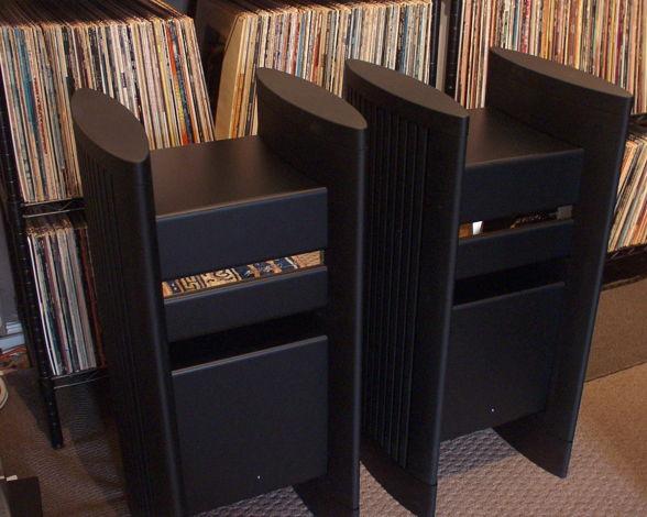 Halcro Amplifiers
