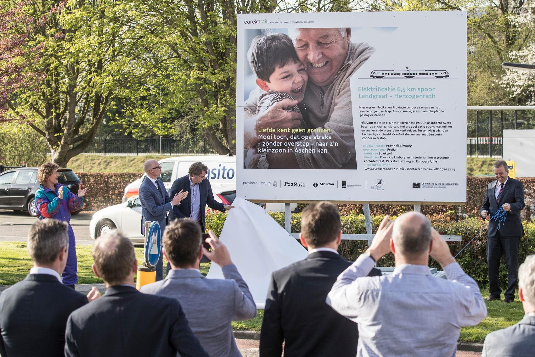 Liefde kent geen grenzen. Met EurekaRail is een stap gezet om reizen tussen Duitsland, België en Nederland gemakkelijker te maken.