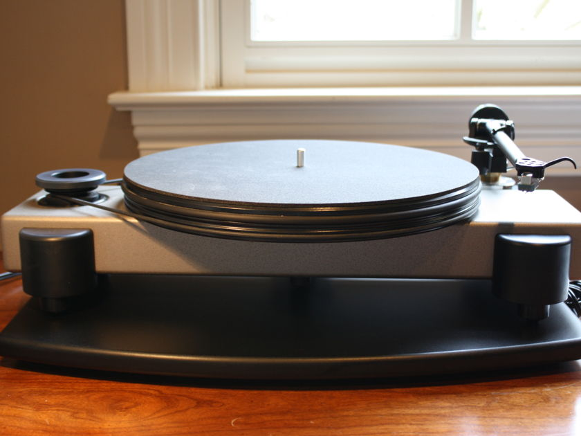 Nottingham Horizon w Rega RB250 and Rotel phono stage
