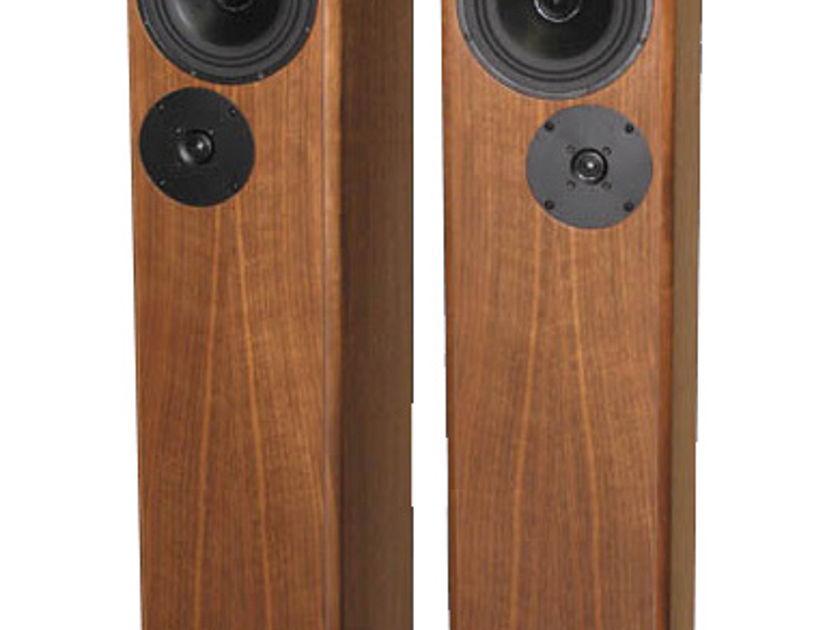 DeVore Fidelity Gibbon Super 8 Floorstanding Speakers (Walnut) - Floor Model