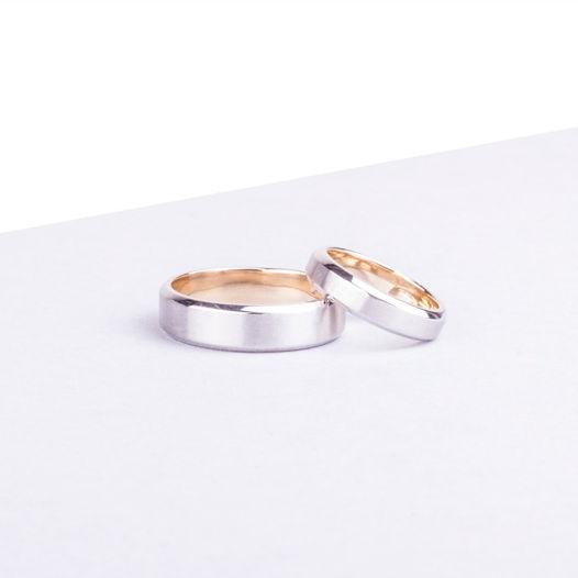 Обручальные кольца с сочетанием двух цветов золота