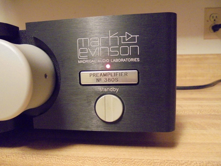 """Mark Levinson """"Madrigal Audio Labs"""" No 380S Preamplifier Black, w/ Box and remote"""