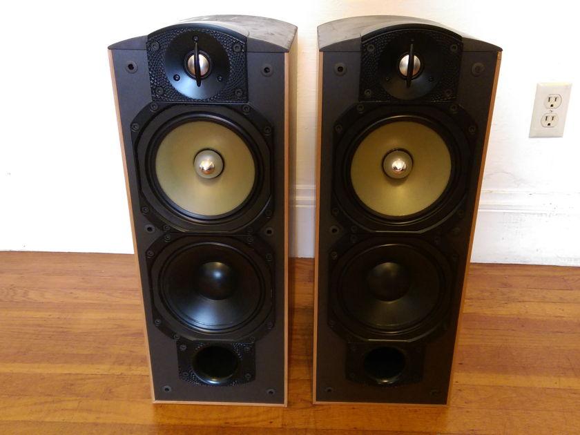 Paradigm Studio 40 V3 Monitor Speakers