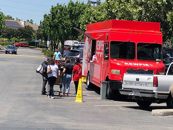 Kewpie Food Truck in Safeway parking lot