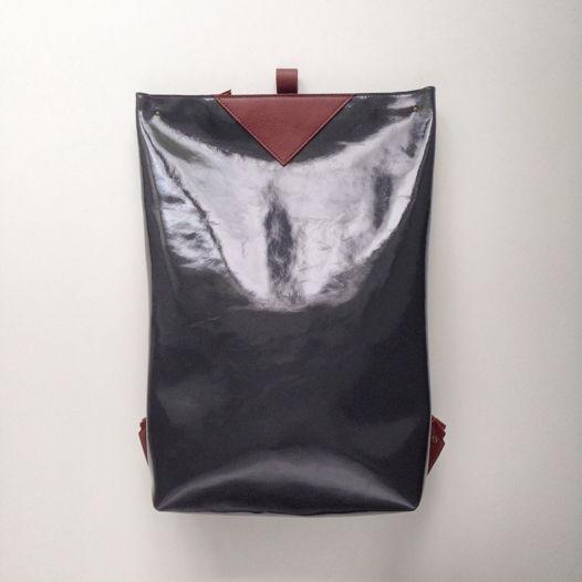 Кожаный рюкзак большой Zipper Gloss Gray