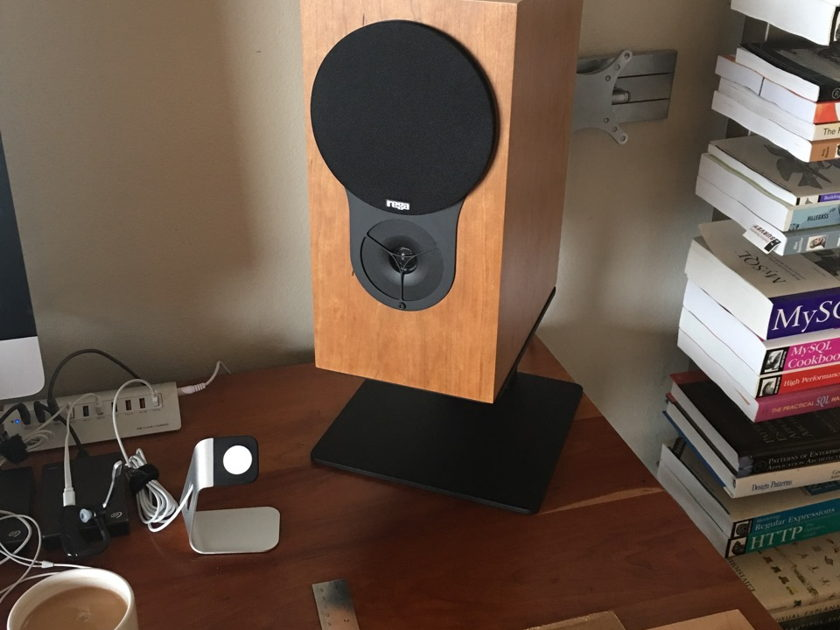 Sound Anchors FSTT Desktop stands PRICE REDUCED!