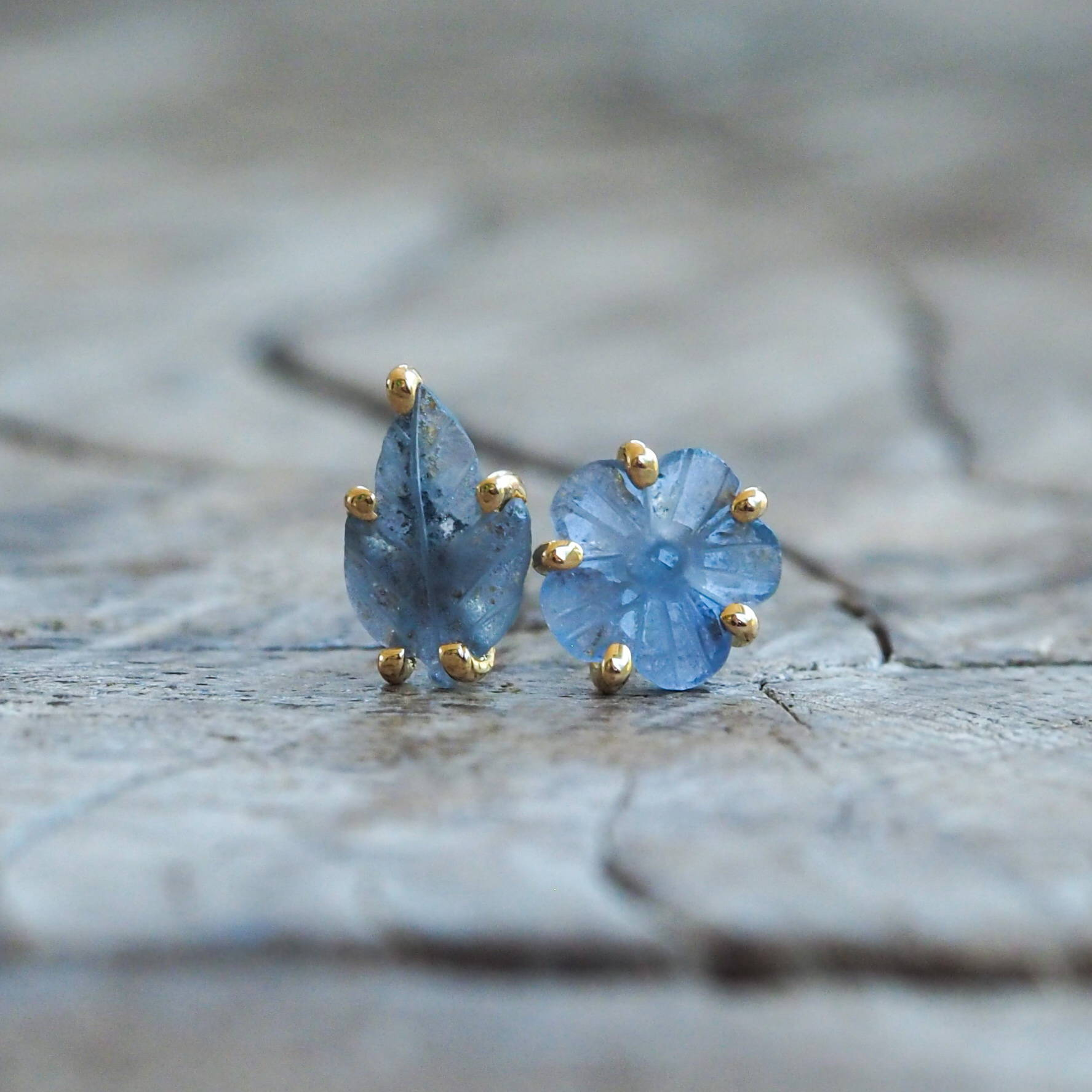 Mismatched Yogo Sapphire Earrings in Eco Gold