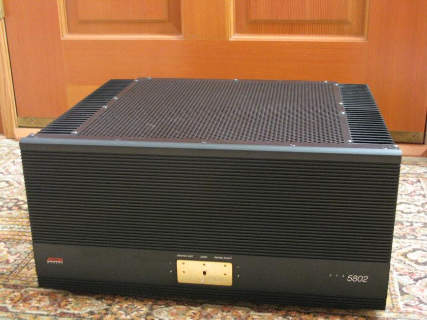 Adcom GFA 5802 300W power amplifier