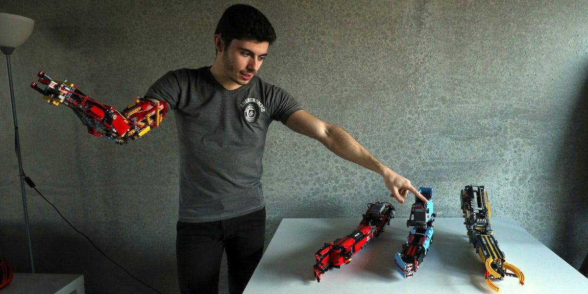 The first functional LEGO prosthetic arm