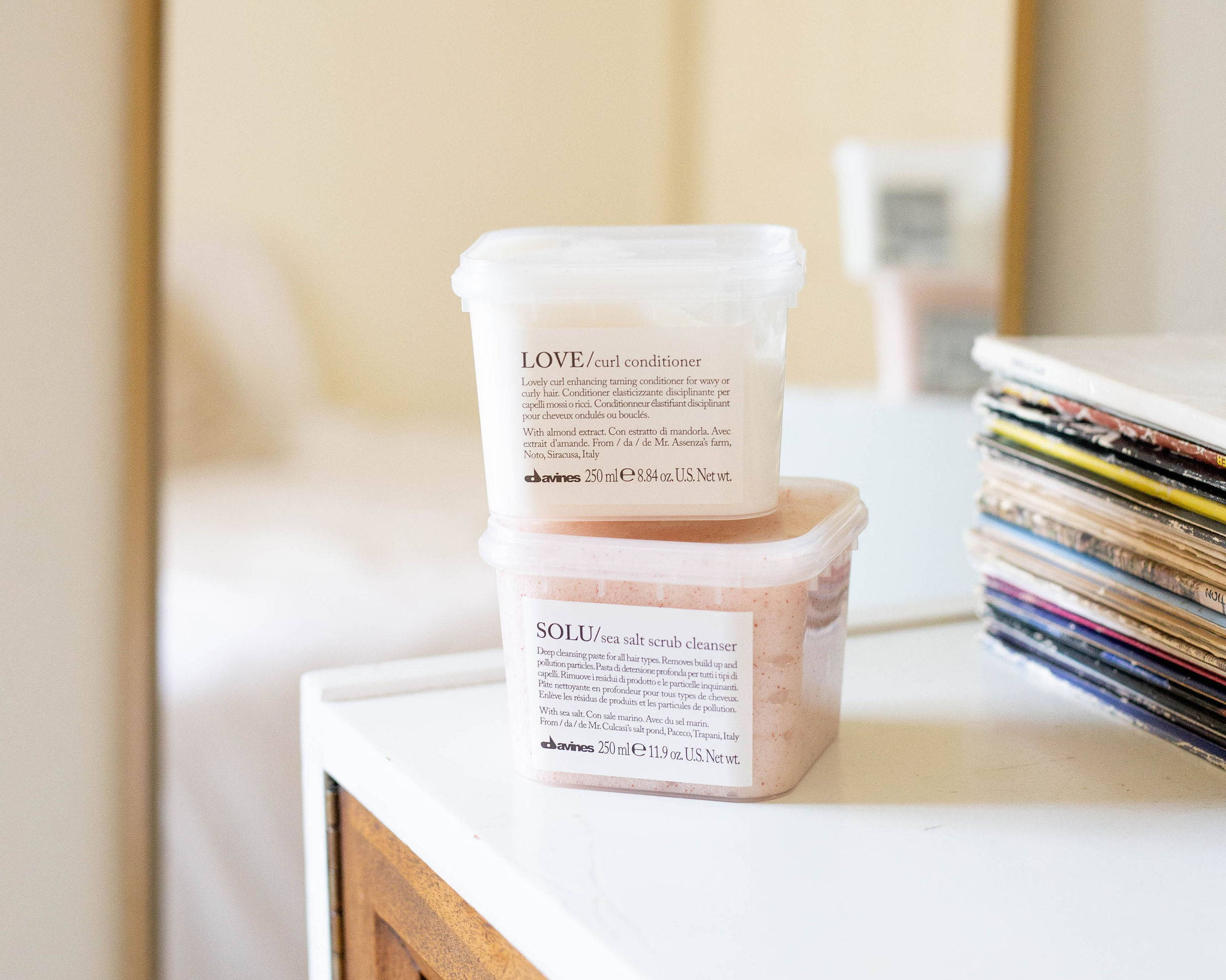 exfoliating shampoo conditioner davines essential haircare