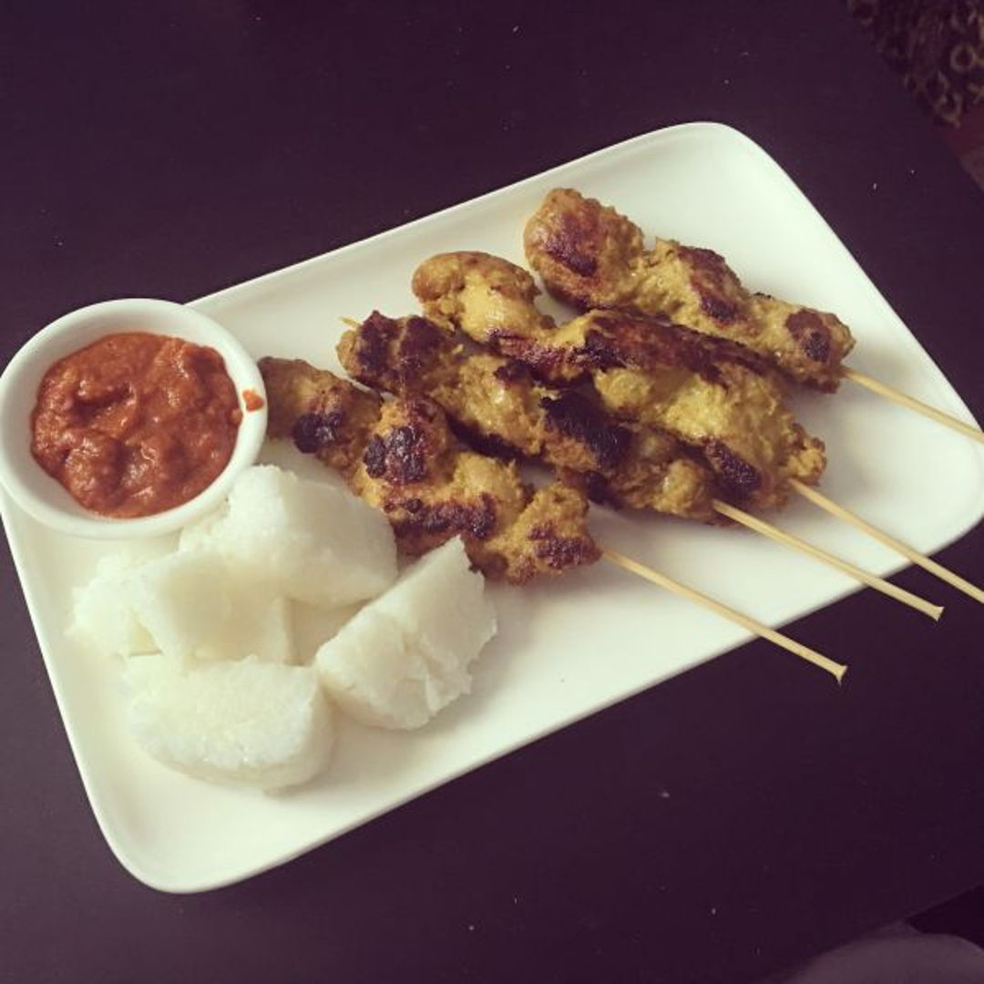 Chicken satay, peanut sauce and nasi impit, all three in 1.