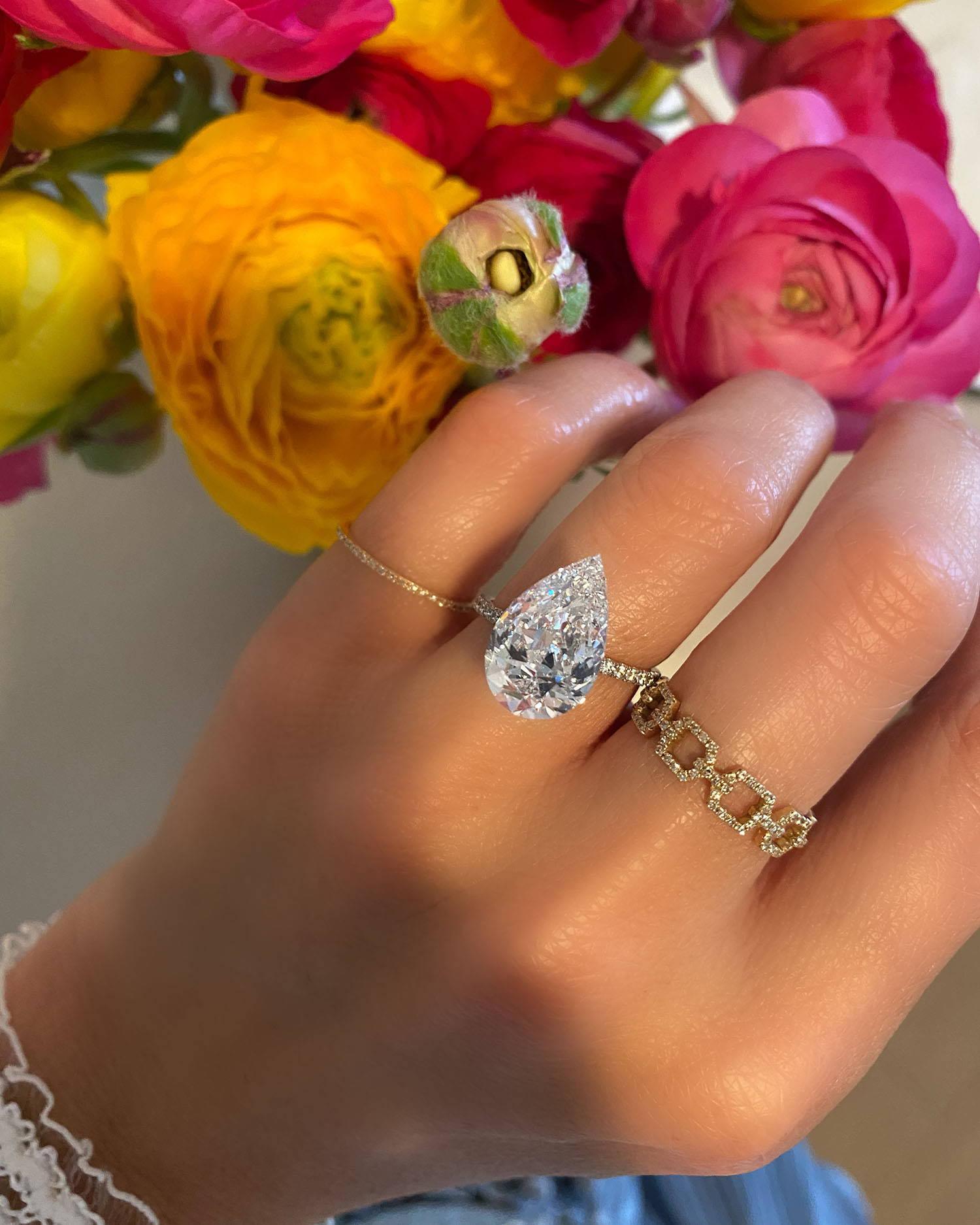 Miss Diamond Ring 5 Carat 6 Carat Pear Marquise Diamond Engagement Ring