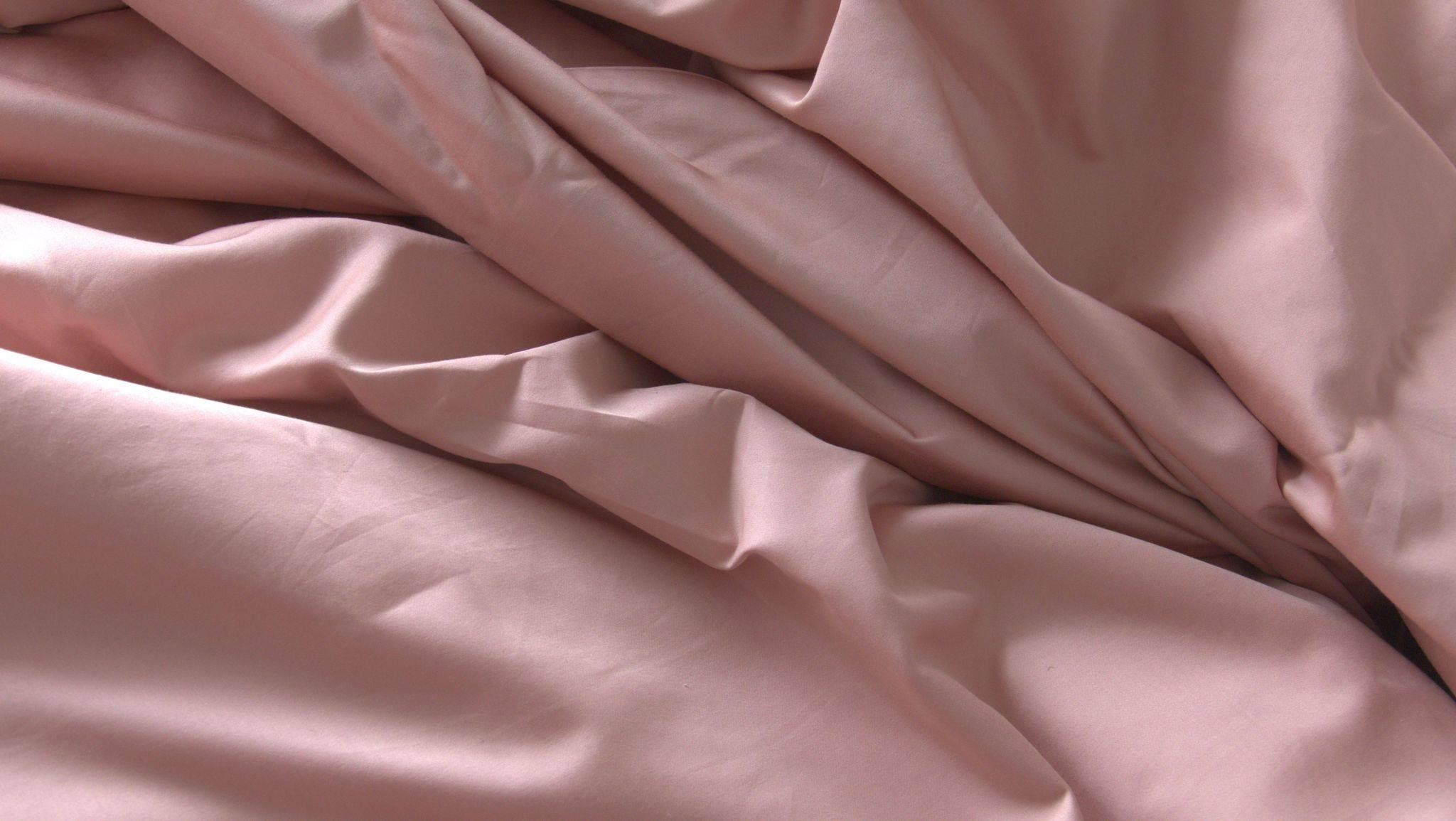 Featuring Weavve's Cotton Sheets in Tea Rose details