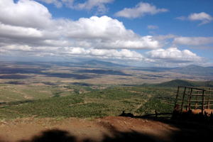 Day hiking to Mt Longonot